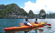 Bộ Văn hóa: Cần tiếp tục dịch vụ kayak trên vịnh Hạ Long