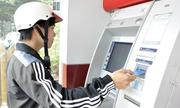 Khách tố ATM nhả thiếu tiền