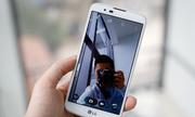 Smartphone chuyên selfie, giá rẻ 3,5 triệu đồng của LG