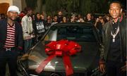 Mayweather chi 39.000 đôla mua xe tặng con trai