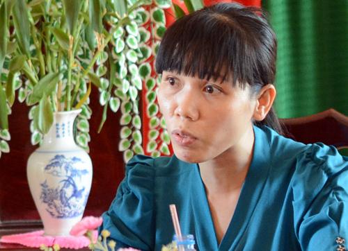Bà Ngọc làm việc với các cơ quan ban ngành huyện Nhơn Trạch sáng 24/4. Ảnh: Thái Hà