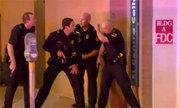 Nghi phạm bắn tỉa cảnh sát Mỹ tuyên bố đặt bom tại trung tâm Dallas