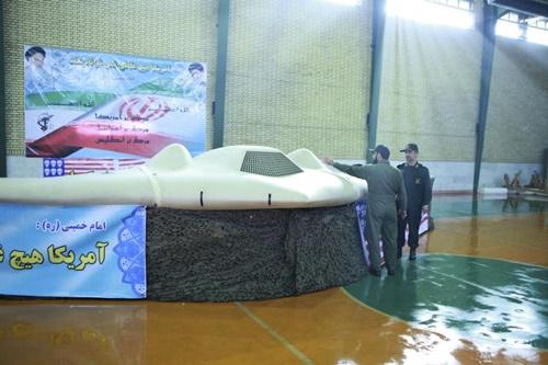UAV RQ-170 của Mỹ bị Iran bắt tháng 12/2011. Ảnh: Reuters.
