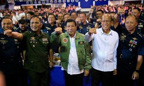 philippines-kho-xich-lai-gan-trung-quoc-vi-tran-ap-ma-tuy-1