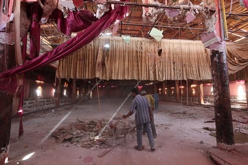 Hiện trường đám cưới bị đánh bom ở Hasakeh, Syria. Ảnh: Reuters.