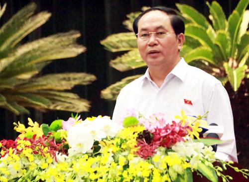 chu-tich-nuoc-toi-pham-tham-nhung-tron-dau-cung-khong-thoat