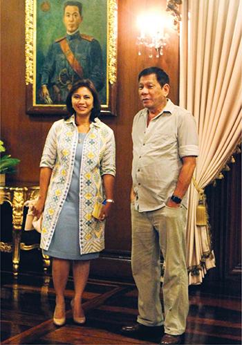 Phó tổng thống PhilippinesLeni Robredo và Tổng thốngDuterte. Ảnh:Malacanang photo
