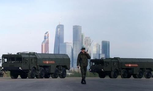 Tên lửa Iskander-M có khả năng mang đầu đạn hạt nhân của Nga. Ảnh: Reuters.