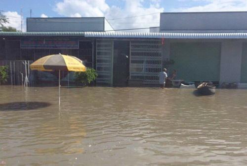 Mưa lũ gây ngập sâu nhiều nhà dân huyện Bắc Bình. Ảnh: Hải Hà
