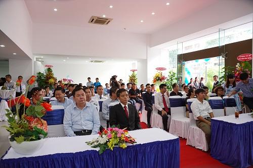 khai-truong-showroom-hyundai-moi-tai-tp-hcm-6