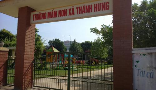 phan-doi-xay-tram-phat-song-phu-huynh-dong-loat-cho-tre-nghi-hoc