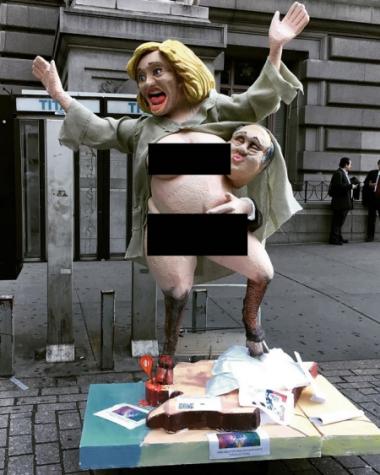 Bức tượng bà Clinton khoả thân ở New York. Ảnh: Instagram