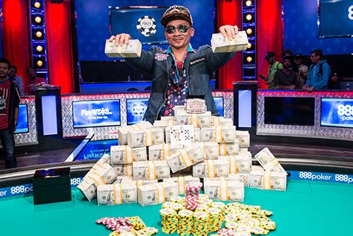 Qui Nguyen là nhà vô địch lớn tuổi nhất kể từ năm 2007. Ảnh: WSOP