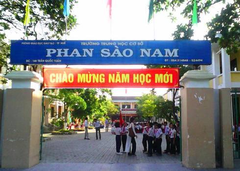 truong-lam-mat-27-bang-tot-nghiep-cua-hoc-sinh