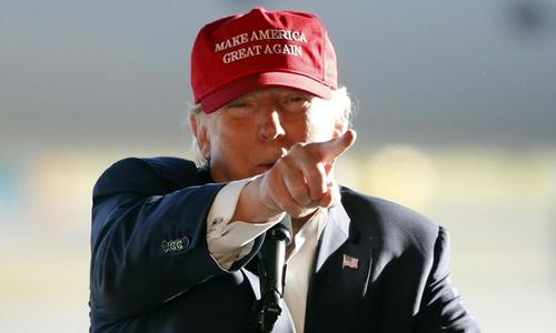 Ông Trump đang có cuộc vận động tranh cử tại 5 bang ở Mỹ. Ảnh: AP.