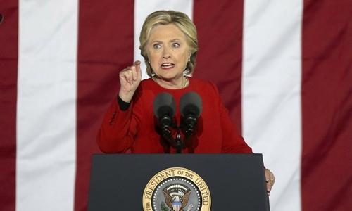 Ứng viên tổng thống đảng Dân chủ Hillary Clinton trong sự kiện vận động ở
