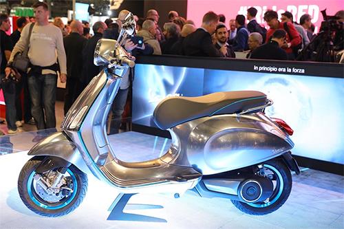 elettrica-2017-scooter-dien-dau-tien-cua-vespa-3