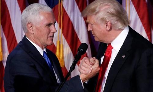 Tổng thống đắc cử Donald Trump và phó tướng Mike Pence (trái). Ảnh: Reuters.