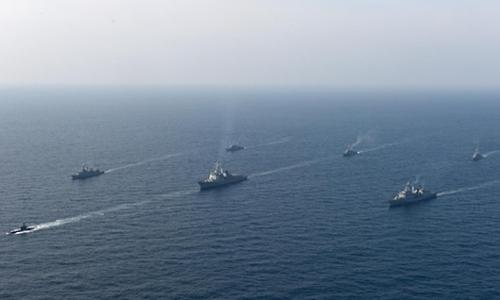 Hải quân Hàn Quốc trong cuộc tập trận chống ngầm tại Đông Hải. Ảnh: Yonhap.