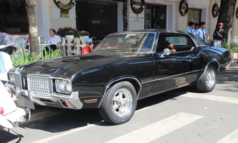 xe-doc-oldsmobile-cutlass-supreme-1970-tai-sai-gon