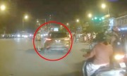 Vờ tuân lệnh cảnh sát, tài xế ôtô rồ ga chạy trốn