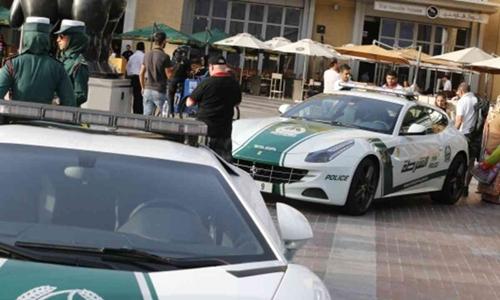 Cảnh sát tại Dubai, Các tiểu vương quốc Arab thống nhất. Ảnh: Sky News.