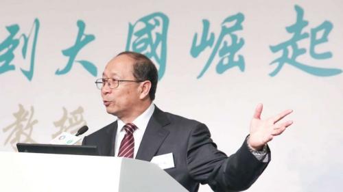 Thiếu tướng Jin Yinan, cựu giám đốc Viện nghiên cứu chiến lược tại Đại học Quốc phòng của Quân đội Giải phóng nhân dân Trung Quốc.