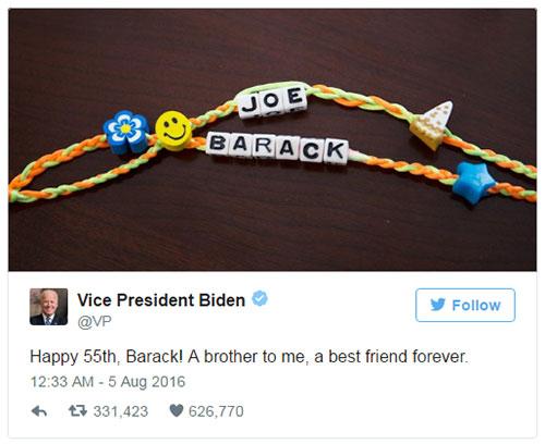 phó tổng thống Joe Bidenchúc mừng sinh nhậtTổng thống Obama hồi tháng 8. Ảnh:Twitter
