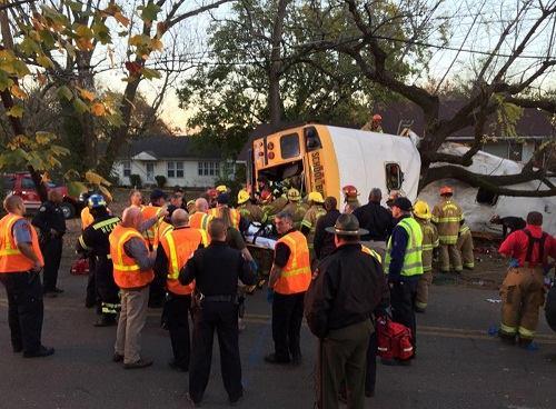 Hiện trường vụ tai nạn (ảnh: Chattanooga fire department)