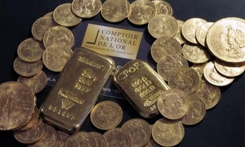 Số vàng được tìm thấy trong một căn nhà ở vùng Normandy, Pháp. Ảnh: AFP.
