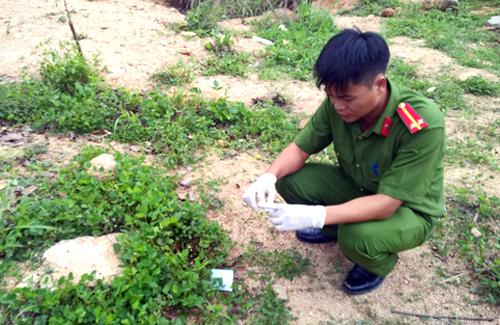 Hiện trường vụ án mạng ở huyện Tân Thành. Ảnh: Xuân Thắng