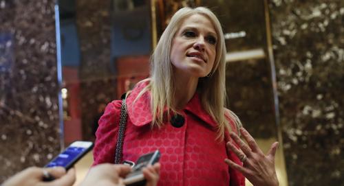 [Caption]người quản lý chiến dịch tranh cửKellyanne Conway