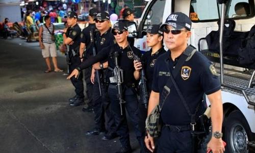 Thành viên Đơn vị Phản ứng Đặc biệt, cảnh sát quốc gia Philippines. Ảnh: Reuters.
