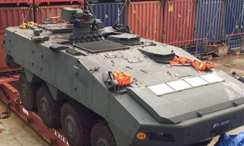 Xe bọc thép của Singapore bị Hong Kong giữ trên đường từ Đài Loan về. Ảnh: Reuters.