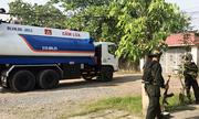 Cảnh sát bao vây, bắt băng rút xăng xe bồn ở Sài Gòn