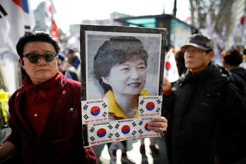 so-phan-tong-thong-park-geun-hye-sau-khi-bi-phe-truat-1
