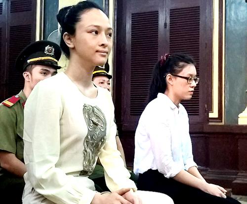 hoa-hau-phuong-nga-lua-dao