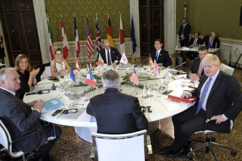 Các ngoại trưởng nhóm G7 họp tại Lucca, Italy. Ảnh: AP