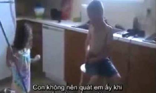 nguoi-dep-chui-gam-ban-vi-duoc-cau-hon-tren-song-truyen-hinh-6