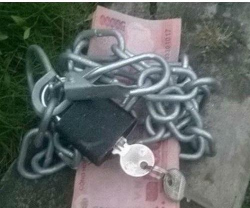 Bảo quản tiền tuyệt đối an toàn.