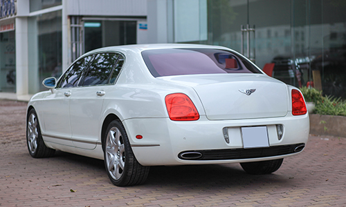 chi-tiet-bentley-flying-spur-2006-cu-gia-2-1-ty-dong-2