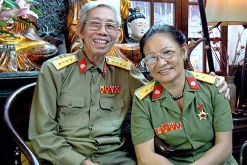 them-7-tac-gia-duoc-tang-giai-thuong-ho-chi-minh