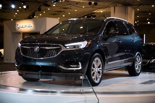 Phiên bản mới nhất của chiếc Buick Enclave được kỳ vọng sẽ giảm mức tiêu thụ nhiên liệu so với phiên bản hiện tại là 14,5l/100km