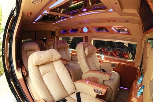 vcar-xe-limousine-the-he-moi-o-hai-phong-1