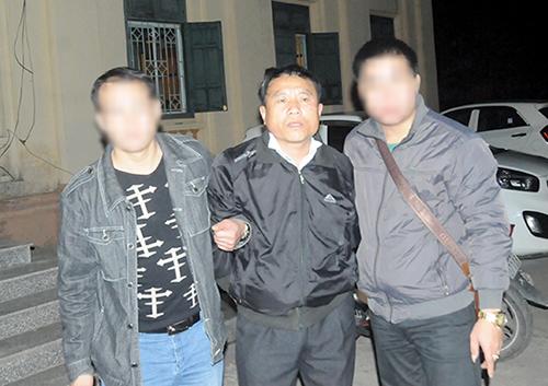 duong-day-van-chuyen-hon-1000-banh-heroin-giau-trong-can-nhua