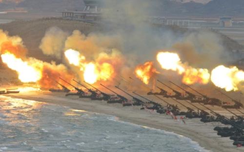 Triều Tiên diễn tập pháo binh quy mô lớn