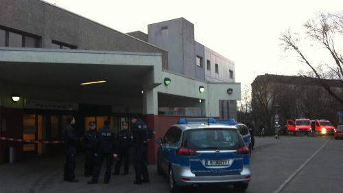 Giới chức Đức bắn người đe dọa nữ cảnh sát ở bệnh viện