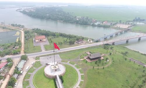Cầu Hiền Lương sau 42 năm ngày thống nhất đất nước