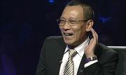 MC Lại Văn Sâm bối rối trước sự trợ giúp gọi điện cho người thân