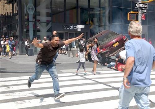 Nghi phạmRojas sau vụ đâm xe. Ảnh: NBCNews